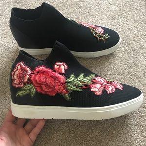 BRAND NEW Steve Madden flower sneakers! NEVER WORN